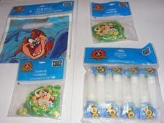 Looney Tunes, 8 Blowouts by hallmark. $5.50. 8 per pack. 8 per pack