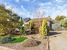 Home in O'Sullivan Beach sold by Kevin J. Barry from the Professionals Christies Beach, real estate agency - 08 8382 3773. #RealEstate #RealEstateSouthAustralia