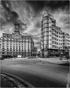 Plaza de la Escandalera (Oviedo) by Miguel Diaz on 500px