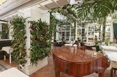 Vertical Garden in restaurant View Photos, Gardening, Patio, Interior Design, Green, Plants, Instagram, Home Decor, Restaurant