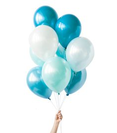 Blue and white ombre of balloons perfect for ocean themes, mermaids, unicorns and baby boy showers and first boy birthdays. Designed by Luft Balloons in Chicago. Blue Ballons, Bubble Balloons, Up Balloons, White Balloons, Latex Balloons, Birthday Balloons, Bubbles, Teal Blue, Blue And White