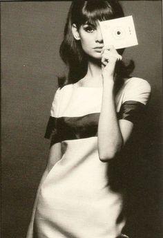 Retro Fashion Jean Shrimpton by David Bailey - Jean Shrimpton, Catherine Deneuve, 1960s Fashion, Look Fashion, Vintage Fashion, Fashion Clothes, Fashion Rings, Fashion Models, Lauren Hutton