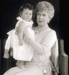 Queen Mary of the United Kingdom with her grandaughter Elisabeth,later queen Elisabeth II