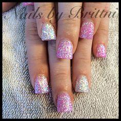 Short flare acrylic nails