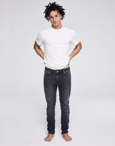 Ian Slim Fit Jeans Grey Wash aus Biobaumwolle #veganemode #fairemode #veganfashion #fairfashion Jeans Fit, Grey Wash, Vegan Fashion, Jean Grey, Slim Fit, Fitness, Mens Tops, T Shirt, Shopping