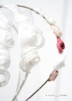 Diademas con flores comunión. El atelier de las Pulgas