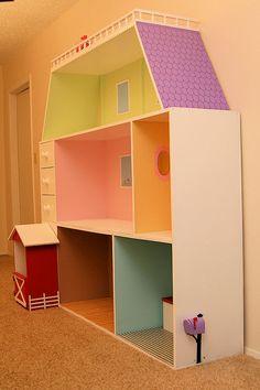 Handmade doll houses for American Girl dolls. Also handmade furniture. Casa American Girl, American Girl Crafts, American Girls, Ag Doll House, Barbie House, Doll Houses, Girls Dollhouse, Diy Dollhouse, Doll Furniture