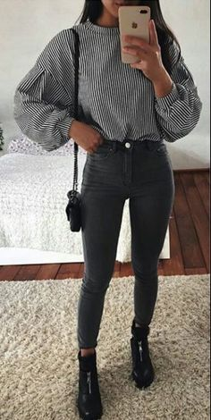 45 Lovely Winter Outfits to Own Now Vol. 2 45 Lovely Winter Outfits to Own Now Vol. 1 / Lovely Winter Outfits to Own Now Vol. 2 – Lil Lovely Winter Outfits to Own Now Vol. 1 – SO 45 Lovely Winter Outfits to Own Now Vol. Stylish Winter Outfits, Fall Winter Outfits, Spring Outfits, Casual Outfits, Winter Outfits Tumblr, Winter Travel Outfit, Stylish Clothes, Black Jeans Outfit Winter, Europe Outfits Summer