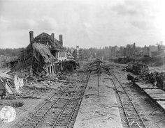 What's left of the railway station and city of Saint-Lô, a key point in Normandy. Ni