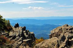 Upper Hawksbill Trail - 9 best day hikes in Shenandoah National Park www.planetware.com