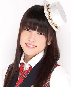 10th Generation (Announced March 2010) Name: Anna Iriyama. Birthdate December 3, 1995. #Anna_Iriyama #入山杏奈#AKB48 #AnRiRe #アンリレ