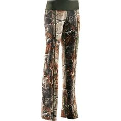 Under Armour Womens Evo Scent Control Pant - Gander Mountain. Or in other words- camo yoga pants that you could actually wear hunting. Cause you obviously need to look cute while hunting. Under Armour Femme, Under Armour Women, Country Girl Style, Country Girls, Country Life, Country Wear, Country Strong, Cross Country, Lulu Lemon