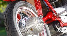 Auf Achse mit der MV Agusta Target - MOTORRADonline.de Mv Agusta, Porsche, Beast, Target, Cars And Motorcycles, Bicycle, Racing, Vehicles, Design