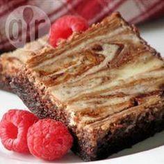 Brownies con queso crema @ allrecipes.com.mx