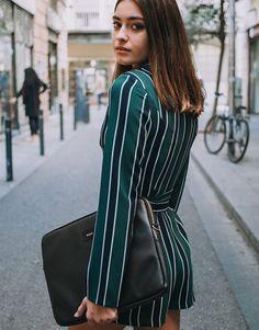 funda-portatil-básico-negro-4 Unisex, Basic Colors, Street Style, Pants, Collection, Fashion, Notebook Covers, Black, Moda