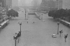 Vale do Anhangabaú, 1967 - Enchente em São Paulo