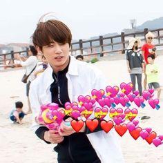 Memes bts heart ideas for 2019 Intp, Bts Emoji, Bts Face, Heart Meme, Bts Meme Faces, Heart Emoji, Cute Love Memes, Bts Reactions, New Memes