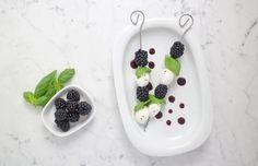 Blackberry caprese with blackberry balsamico