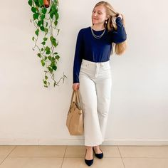 Julya (@capsullette) • Everlane's white wide leg pants + navy sweater #capsullette