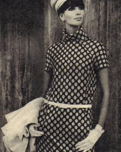 Black and white polka dots. 60s And 70s Fashion, Timeless Fashion, Retro Fashion, Vintage Fashion, Vintage Stuff, Vintage Looks, Retro Vintage, Retro Outfits, Cool Outfits
