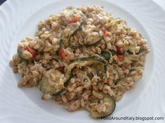 Spelt with fresh chili pepper, tuna fish and zucchini