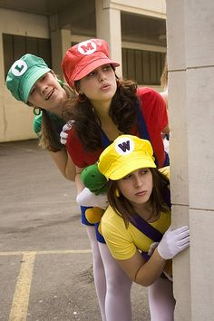 Haha really want to do this Mario bros costume! Too bad ill be at volleyball nationals for Halloween :/ oh wait I could still do this in a hotel! 3 People Halloween Costumes, Zombie Couple Costume, Geek Costume, Mario Costume, Cute Group Halloween Costumes, 3 People Costumes, Homemade Halloween Costumes, Group Costumes, Halloween Outfits