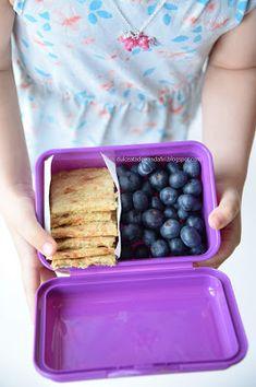Dulceata de trandafiri: Crackers cu fulgi de ovaz si legume Crackers, Lunch Box, Pretzels, Bento Box, Biscuit