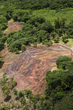 The seven colored earth formation in Chamarel, Mauritius Easy Jet, Mauritius, Phuket, Solo Travel, Tourism, Travel Photography, Scenery, River, Island
