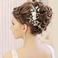Your place to buy and sell all things handmade Hair Comb Wedding, Wedding Hair Pieces, Headpiece Wedding, Bridal Hair, Fabric Roses, Veil, Wedding Hairstyles, Hair Accessories, Crystals