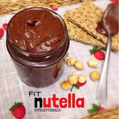Fit Happy Meals: Fit Nutella unsalted roasted hazelnuts, and shelled. 1 or 2 tablespoons defatted cocoa powder sugar (to taste). One good food processor / blender / juicer. Healthy Dips, Healthy Desserts, Healthy Recipes, Helthy Snacks, Happy Sisters, How To Roast Hazelnuts, High Protein Low Carb, Low Carb Recipes, Recipes