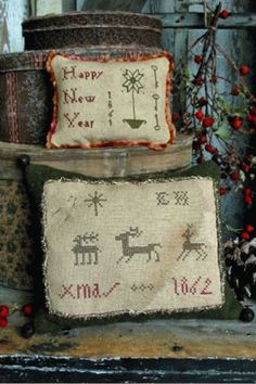 PatternMart.com ::. PatternMart: Elizabeth Hammonds Christmas Sampler Pillow