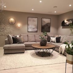 30 Gorgeous Romantic Living Room Decor Ideas - There are dozens of different design styles to choose from when decorating your living room. One thing to remember when decorating your living area is. Romantic Living Room, Classy Living Room, Living Room Decor On A Budget, Beige Living Rooms, Living Room Interior, Home Living Room, Stylish Living Rooms, Living Area, Brown Couch Living Room