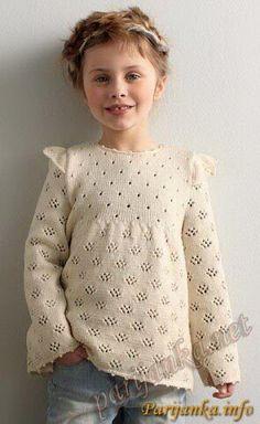 New baby girl crochet sweater yarns ideas Crochet Dress Girl, Baby Girl Crochet, Crochet Baby Clothes, Knitting Baby Girl, Knitting For Kids, Baby Knitting Patterns, Crochet Patterns, Knitted Baby Outfits, Baby Girl Sweaters