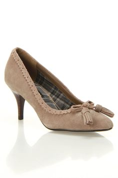 Ascot Pumps In Taupe.