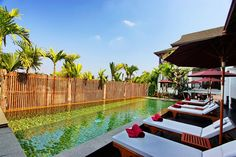 The Balcony Chiang Mai Village - Hotels.com - Hotel rooms with reviews. Discounts and Deals on 85,000 hotels worldwide