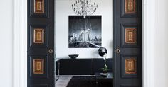Chic and stylish turn of the century apartment in Östermalm