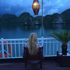 Most tourists opt for Halong cruise mostly for convenience, and remember that you're not just purchasing only a boat ride but also different things satisfying your soul throughout the itinerary. For example, the tourists get to enjoy themselves with the proper travel plan, fun activities, accommodation and great food.