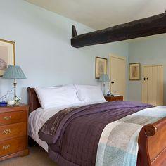 Ruhiges Schlafzimmer mit Pflaume Akzente Wohnideen Living Ideas