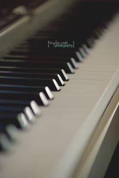 || piano.
