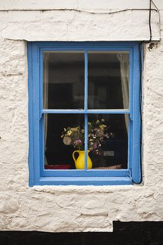 Vintage styled British homes & gardens (blue window yellow pitcher) Cottage Windows, Windows And Doors, British Home, Through The Window, Window View, Window Dressings, Old Doors, Window Boxes, Door Knockers