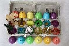 Resurrection Eggs - my momma used to do this with us before school in the mornings around easter :) nice PDFs to print! Spring Crafts, Holiday Crafts, Holiday Fun, Hoppy Easter, Easter Eggs, Resurrection Eggs, Easter Story, Palm Sunday, Church Crafts