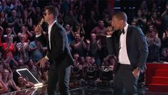 Robin Thicke Hit The Stage With T.I. & Pharrell To Perform 'Blurred Lines' On The Voice