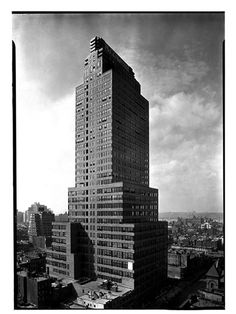 McGraw-Hill Building, NYC, NY Photo by Samuel H. Gottscho, 1931 Image via Museum of the City of New York (Print Available) Beautiful shot of this Art Deco standout. #ArtDeco #architecture #skyscraper #manhattan #nyc