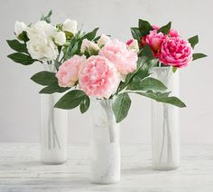 Pottery Barn's Easter Collection Is Here, and It's Full of Farmhouse-Inspired Pieces Zinnia Bouquet, Peonies Bouquet, Bouquets, Fake Flowers, Artificial Flowers, Silk Flowers, Monique Lhuillier, Pottery Barn, Duvet