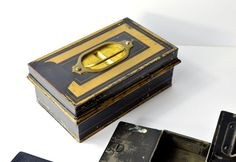 Vintage Metal Cash Box and Removable Trays for Coins by FillyGumbo
