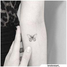 Tatuaggio farfalla - Butterfly tattoo #tat #tats #tattoo #tattooed #ink #inked #butterfly #butterflytattoo #naturetattoo #animaltattoo #fly #tattooideas Nature Tattoos, Mini Tattoos, Blackwork, Tatting, Piercings, Butterfly, Ink, Tattoo Ideas, Tattoo Hand