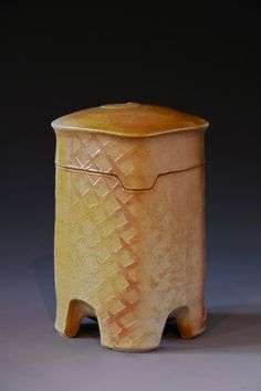 Lidded Jar Black And White Carved Sgraffito With Ginkgo