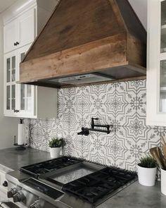 Remodeling Apartment   #RemodelingApartment Kitchen Redo, Kitchen Art, New Kitchen, Awesome Kitchen, Beautiful Kitchen, Kitchen Themes, Kitchen Floor, Country Kitchen Backsplash, Kitchen Lamps