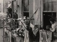 photos of turn-of-the-century American cities   picture, taken in 1908, of a New York tenement housing a family of ...
