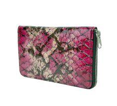 Peňaženky Kožené výrobky - Page 2 of 5 - Kožená galantéria a originálne ručne maľované kožené výrobky Bags, Fashion, Handbags, Moda, Fashion Styles, Fashion Illustrations, Bag, Totes, Hand Bags